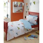 BARGAIN Designer boy's white 'Paper Planes' bedding set was £30 then £15 NOW £9 at Debenhams - Gratisfaction UK