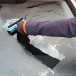FREE Ice Scraper & Squeegee - Gratisfaction UK